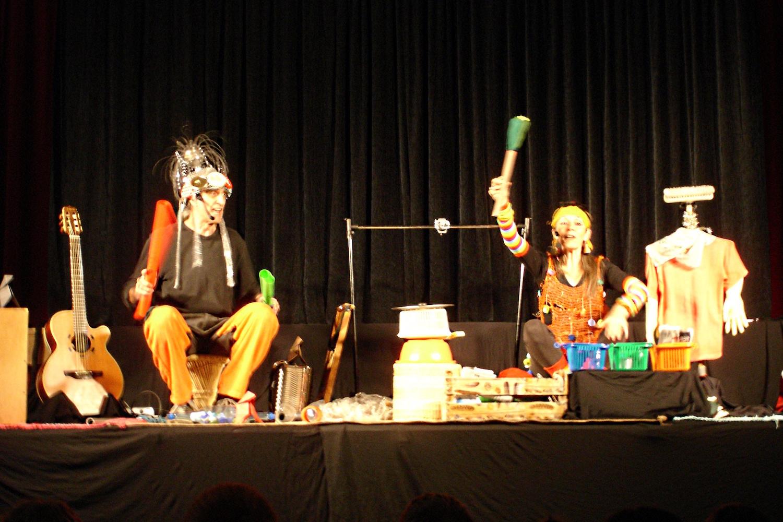 Festival Voix Croisées - À cloche-pied